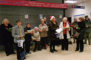 2015-carols-at-leigh-station001